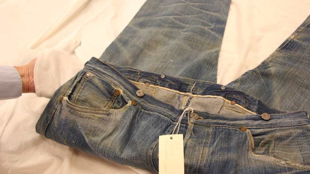 6 - 9 Interesting Facts You Should Know About Jeans.!!