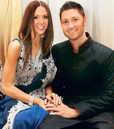 6 - 15 Cricketers And Their Hottest Wives.!!