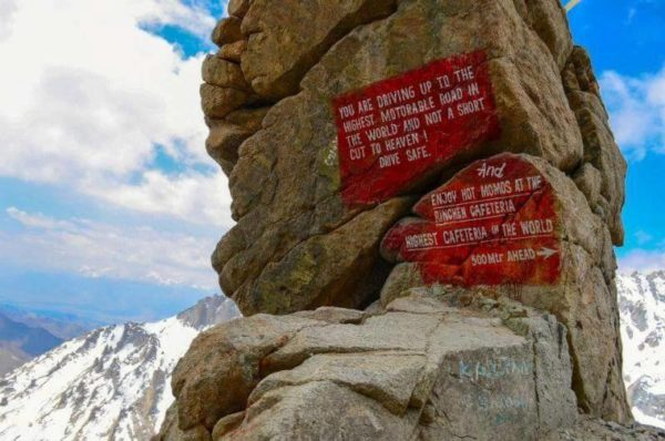 9 - 20 Sarcastic Sign-Boards From Leh-Manali Highway.!!