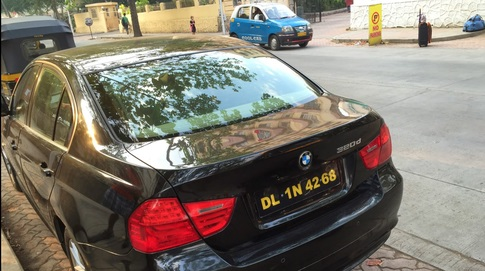 5 - Here's The Reason Behind Indian Vehicles Different Coloured Number Plates.!!