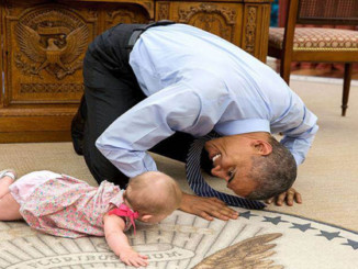 cover - 15 Best Pictures Of Barack Obama During His Role As The US President.!!