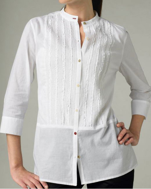 1 - Here's Why Buttons Of Women's & Men's Shirts Are On Opposite Sides.!!