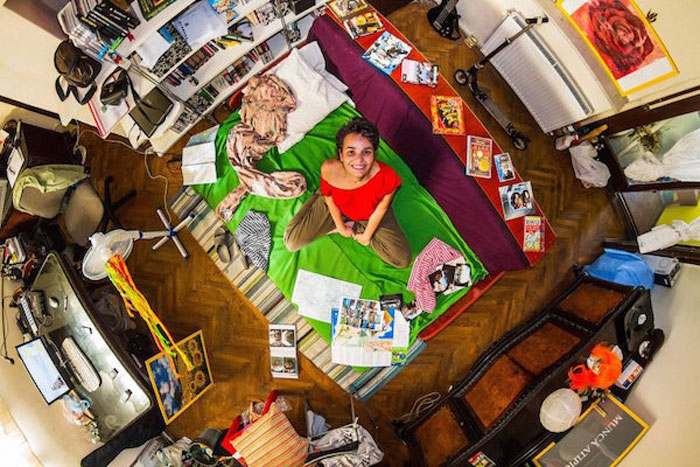 15 - 21 Aerial Pictures Of People's Bedrooms Perfectly Capture The Essence Of Their Life.!!