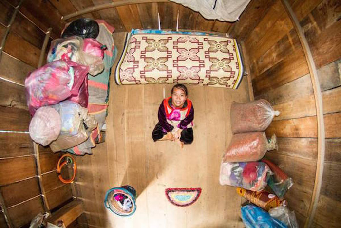 16 - 21 Aerial Pictures Of People's Bedrooms Perfectly Capture The Essence Of Their Life.!!
