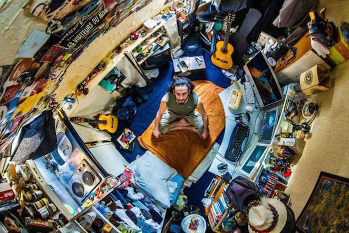 19 - 21 Aerial Pictures Of People's Bedrooms Perfectly Capture The Essence Of Their Life.!!