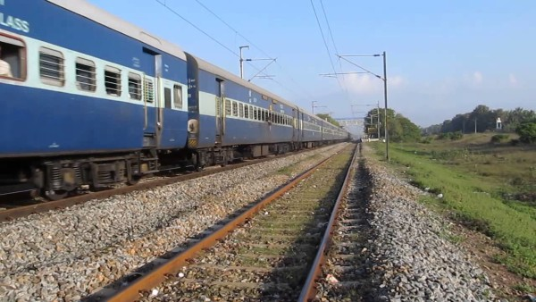 4 - 11 Interesting Facts You Should Know About Indian Railways.!!