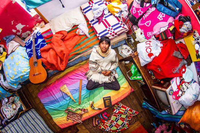 7 - 21 Aerial Pictures Of People's Bedrooms Perfectly Capture The Essence Of Their Life.!!