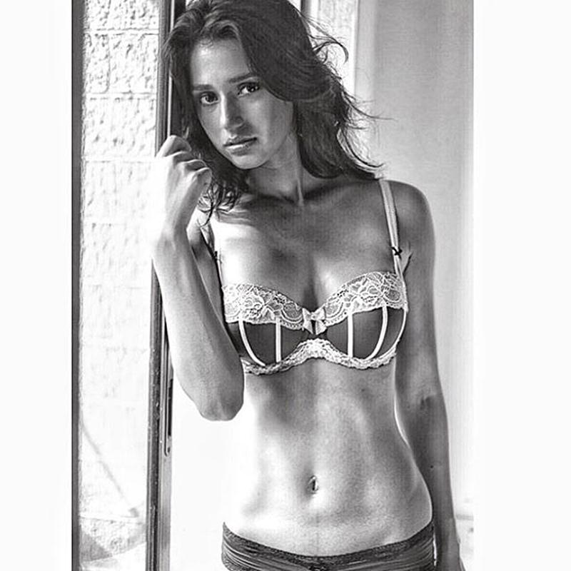 1 - These 15 Pics of 'MS Dhoni' Fame Disha Patani Will Blow Your Mind.!!