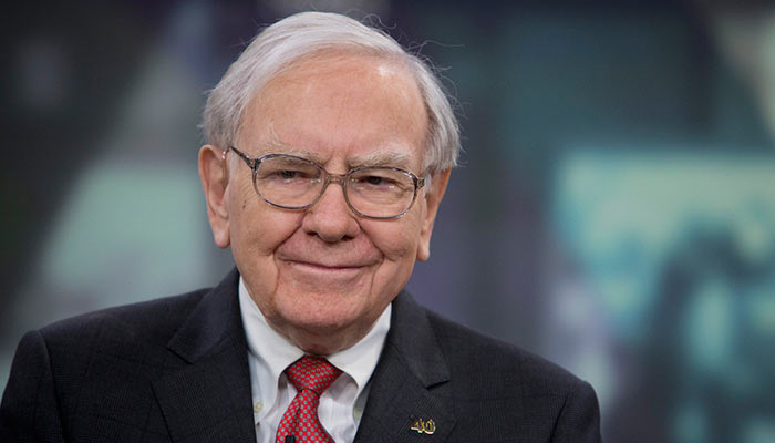 10 - 10 Super Rich People Whose Humility Will Definitely Surprise You.!!