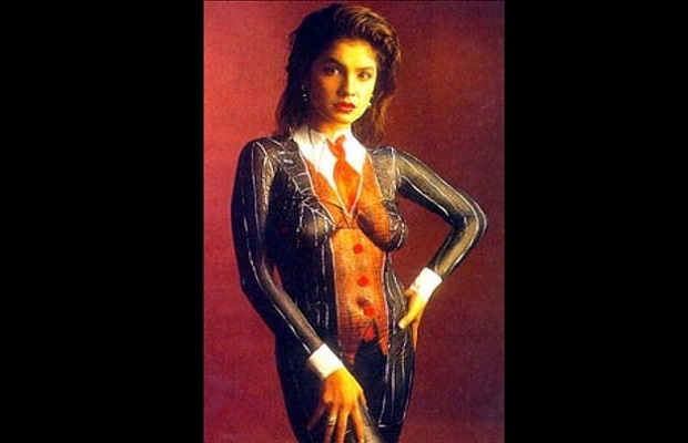 11 - 23 Pictures That Proves Bollywood Fashion In The 90s Was A Disaster.!!
