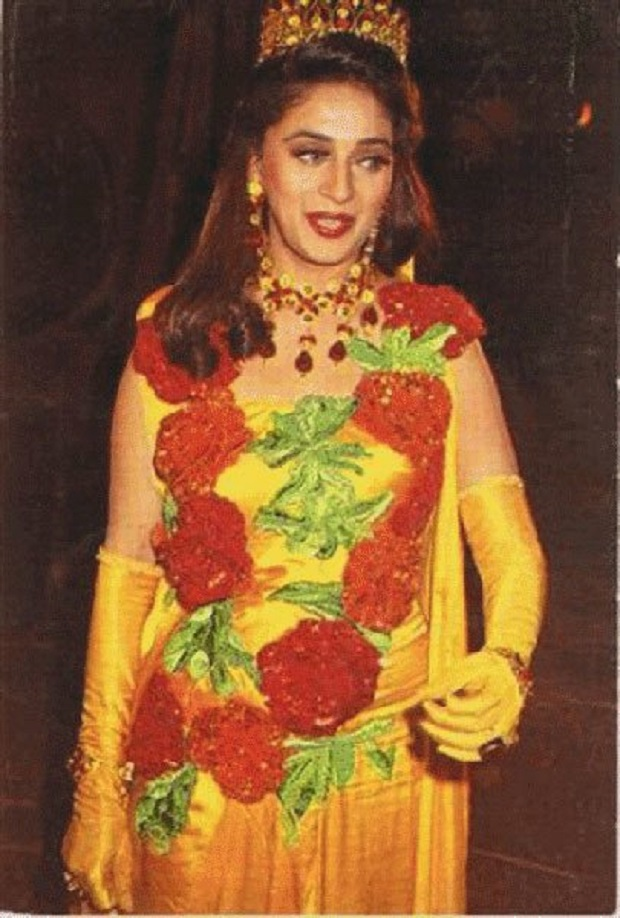 13 - 23 Pictures That Proves Bollywood Fashion In The 90s Was A Disaster.!!